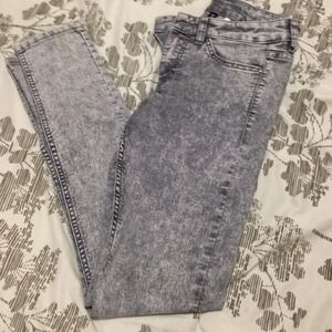 H&M Grey high waisted washed jeans