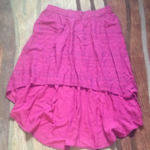 📛NWOT pink high low Mossimo skirt in a Large