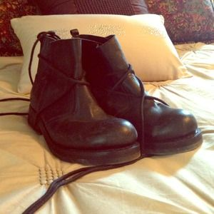 Jeffrey Campbell wrap boot