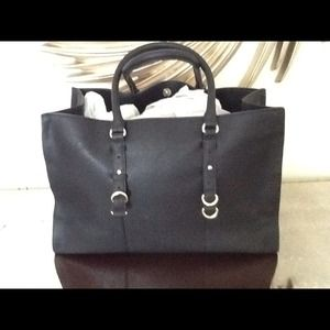 Price drop! Zara shopper