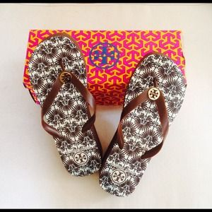 Authentic Tory Burch patterned sole wedge flipflop