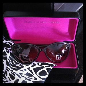 Reduced! CatEye 😻DIane von Furstenburg Sunglasses