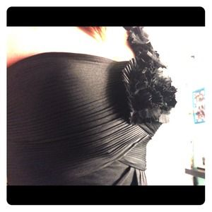Black Gown Sz 2 and 4 Adrianna Pappel, side flower