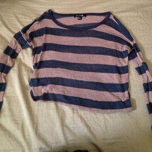 Striped long sleeved crop top!