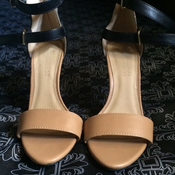 Forever 21 - Double Strap Black and Tan Heels from Adri's closet ...