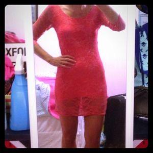 Dresses & Skirts - 🎉Host Pick!🎉Coral lace dress
