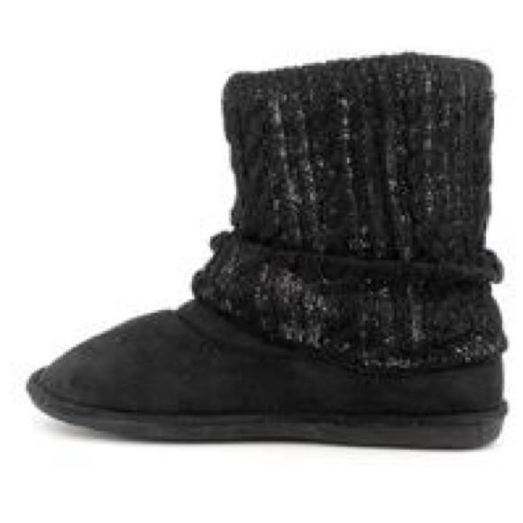 56 material boots new vegan warm black sweater