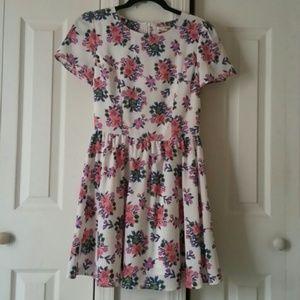 Maison Jules Dresses - Maison Jules floral dress