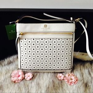 kate spade Handbags - Kate Spade Crossbody Bag