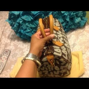 bb45d8df5bfc Louis Vuitton Bags - Authentic LV Stephen Sprouse Graffiti Speedy 30