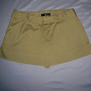 She said Pants - Shorts
