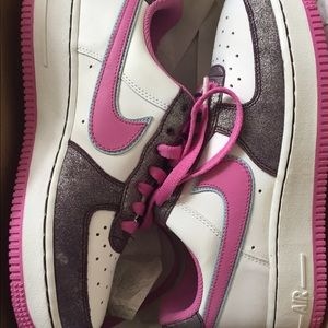 Nike Air Force One '07. Woman's Size 8 , GS Size 6