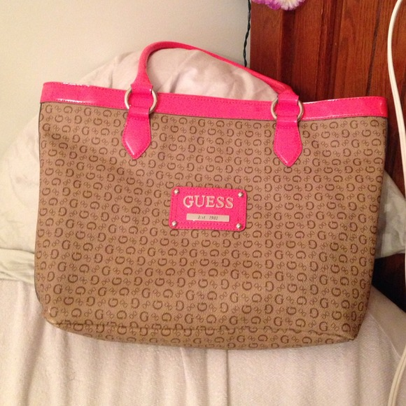 Guess Bags | Coral Purse Handbag | Poshmark