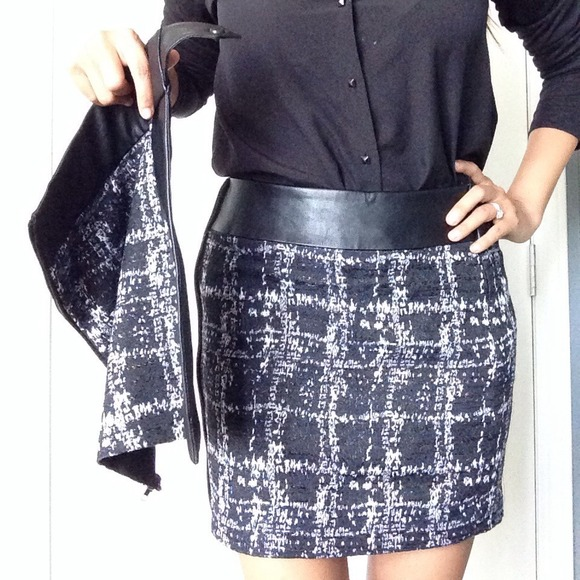 W118 by Walter Baker Skirts - 💥3X HOST PICK💥NWT Walter Baker zip-off skirt