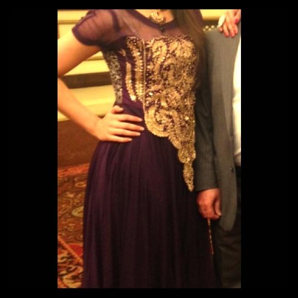 Churi Stand Designs : Off fashion ka ghar dresses skirts gorgeous