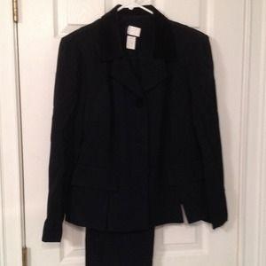 Jackets & Blazers - 🎈SALE🎈Black business suit.