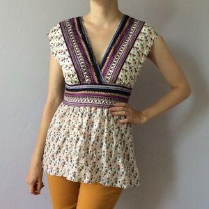 Unique cut-out back floral cotton blouse