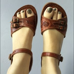 Authentic 70's vintage brown real leather sandals