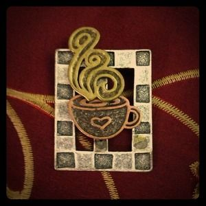 Jewelry - Coffee lover's Latte cappuccino brooch.