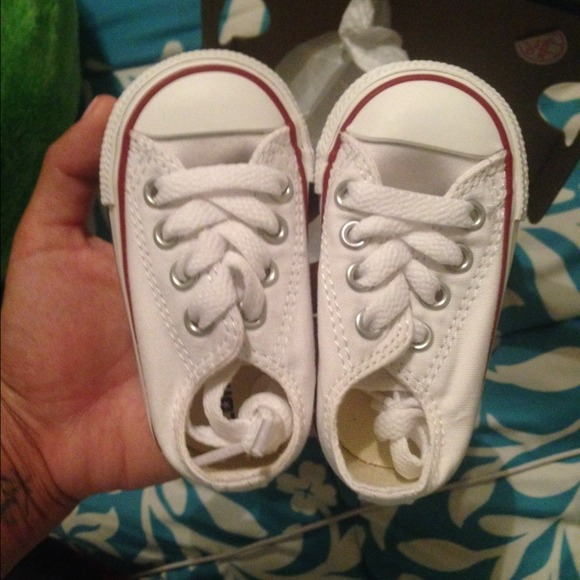converse baby shoes size 3