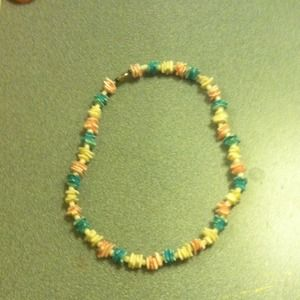 Im selling this beach necklace
