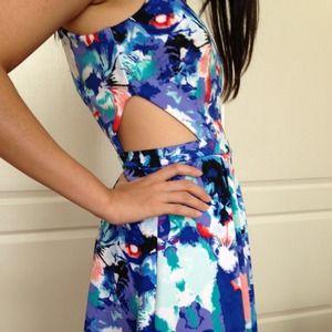 nicole by nicole miller Dresses - Blue mirror print cut out dress