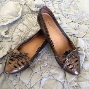 Anthropologie Shoes - Anthropologie Miss Albright Bronze Flats Size 7