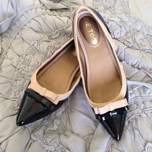 Me Too Shoes - Me Too Patent Leather Black Bow Flats w/ Nude Trim