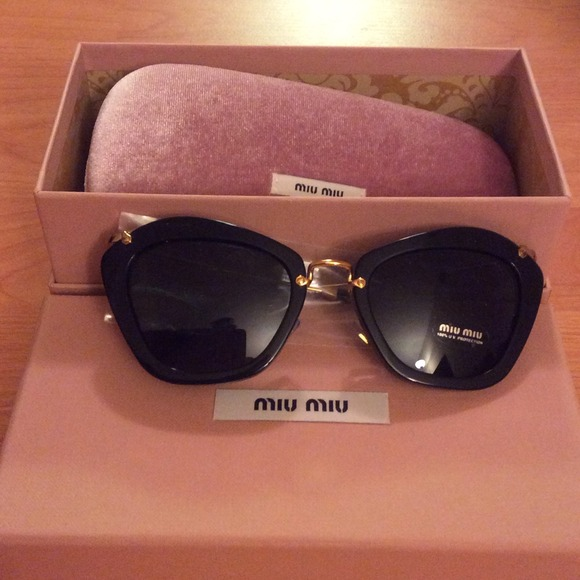 9e06b46ca424 Brand new authentic Miumiu sunglasses