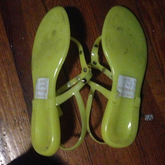 Find great deals on eBay for neon jelly sandals. Shop with confidence.