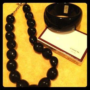 Retro necklace and bracelet set
