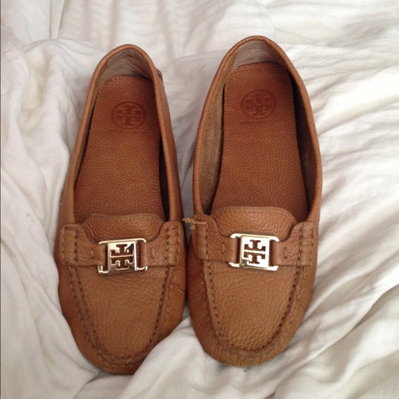 ️Tory Burch Kendrick Driving Loafers