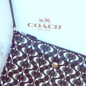 "Peyton Dream ""C""print Coach handbag, black & white"