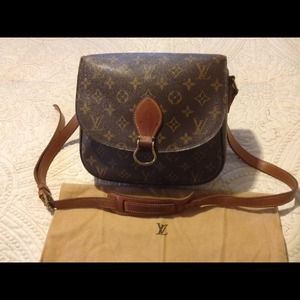  Authentic Vintage Louis Vuitton shoulder bag