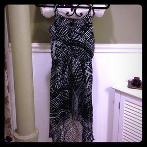 👍price drop-,High/low black & white Express dress