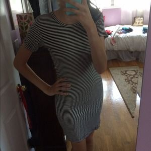 Brandy Melville Jennifer Dress