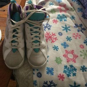 Shoes - Jordan 7s