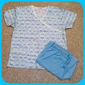🎉HP 9/20/14🎉 2pc. Heart Nursing Scrub Set
