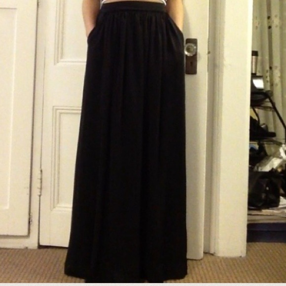 Long Black Skirt With Pockets | Jill Dress