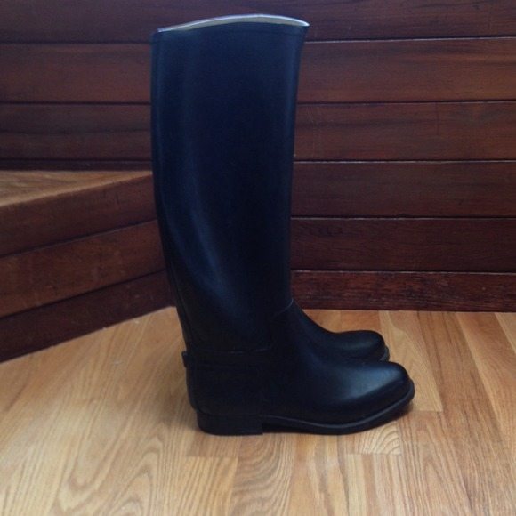 superba - Black rubber riding boots from Ashley's closet on Poshmark