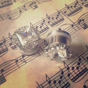 Jewelry - Bling! Plugs