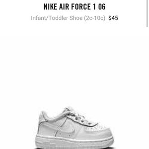 Nike Shoes - Infant Air Force Ones!! 3c