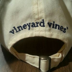 Vineyard Vines Accessories - Vineyard Vines adjustable hat