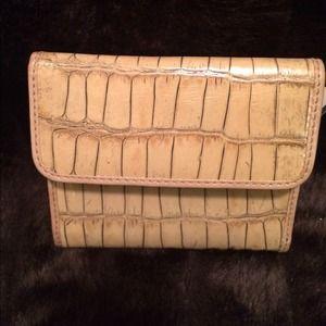 Abas Handbags - FINAL SALE‼️Alaas Leather Embossed Billfold/Wallet