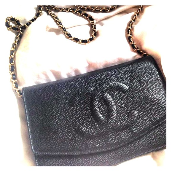 CHANEL Handbags - 💋HOST PICK💋Chanel Classic Black WOC