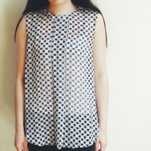 Brand New Vince Camuto Top