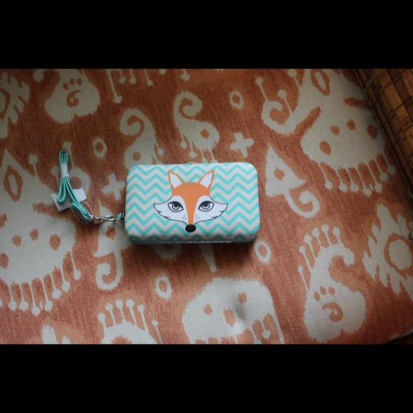 Accessories - Fox iphone case/wristlet