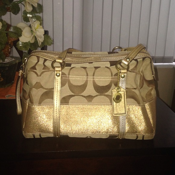 1dd01517b0a1 Coach Handbags - Gold Coach Purse