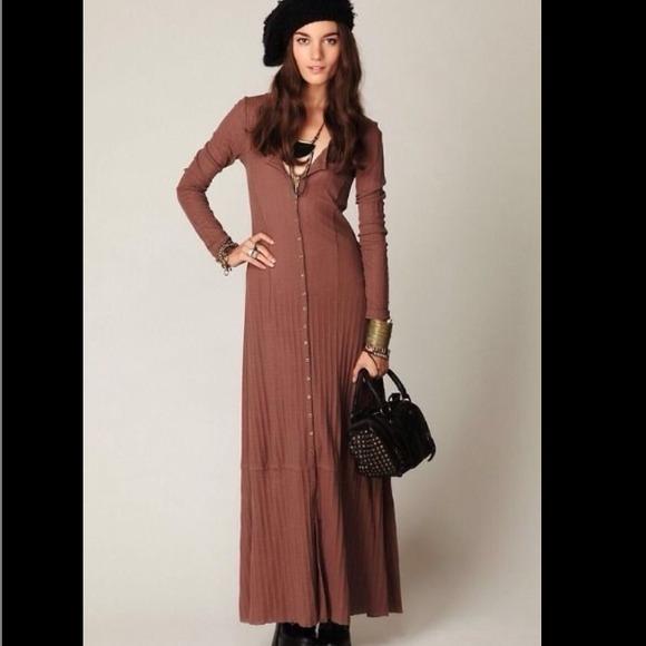 Long sleeve henley maxi dress