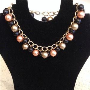 Jewelry - Stylish choker necklace